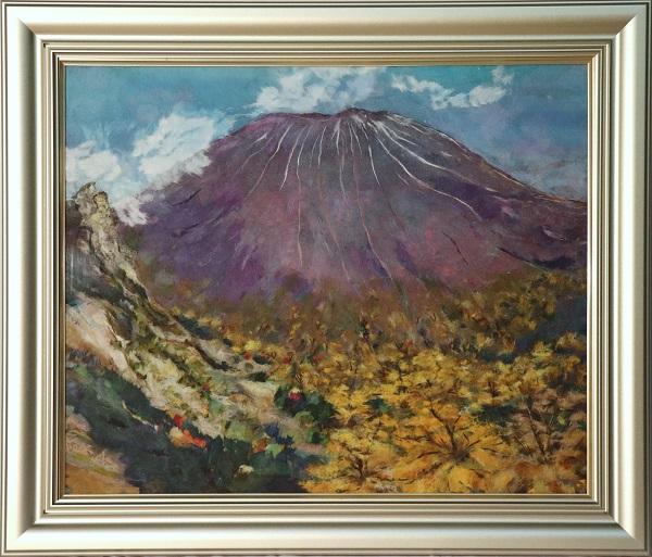 落葉松を纏う浅間山のイメージ